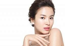 Song Hye Kyo Tanda Tangani Kontrak dengan Rumah Produksi Hong Kong di Bawah Wong Kar Wai