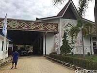 Jokowi: PLBN Entikong Lima Kali Lebih Bagus dari Malaysia