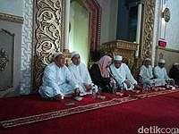 Salat Subuh Berjamaah di Bekasi, Galang Dana untuk Aceh dan Aleppo