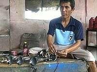 Perajin di Pasuruan Banjir Pesanan Klakson 'Om Telolet Om'