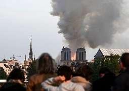 Katedral Notre-Dame di Paris Terbakar Warga Berduka